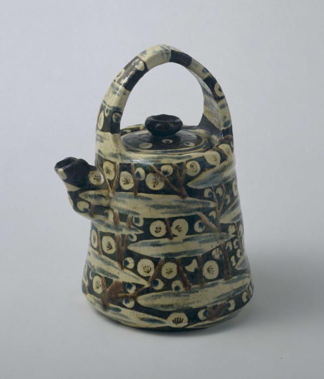 尾形乾山《色絵槍梅文水指》 17世紀